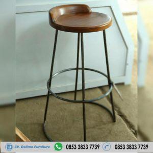 Kursi Cafe Bar Bulat Kaki Besi KC-048