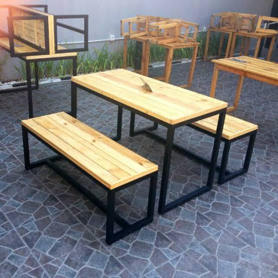 Meja Cafe Furniture Kayu Pallet