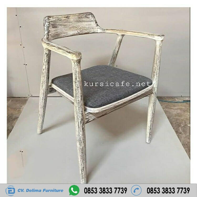 Kursi Cafe Rustic White Whose Antik