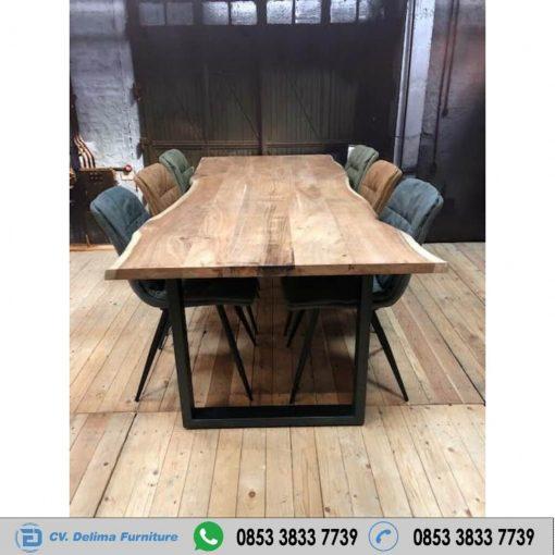 Meja Kayu Jati Antik Solid Sambung Empat Satu Set