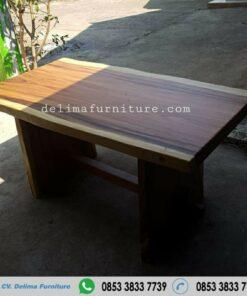 Meja kayu Solid Trembesi Panjang 150 cm