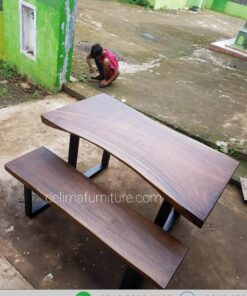 Set Meja Makan Kayu Trembesi Solid 150 cm Real
